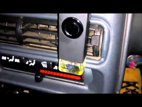Автомобильный ароматизатор за 240 рублей