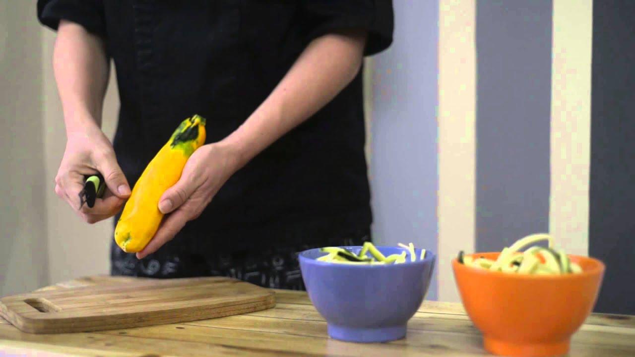 Utensilio pelador de frutas y vegetales cuchillos y utensilios de cer mica daikoku youtube - Cuchillos para decorar fruta ...