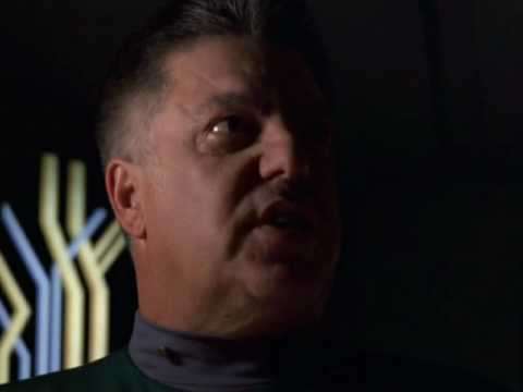 Star Trek Voyager, Relativity. 2 of 4. Crazy saboteur stopped by Janeway and Seven.