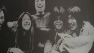 1975夏の日比谷野音のライブ。村松邦男の曲。