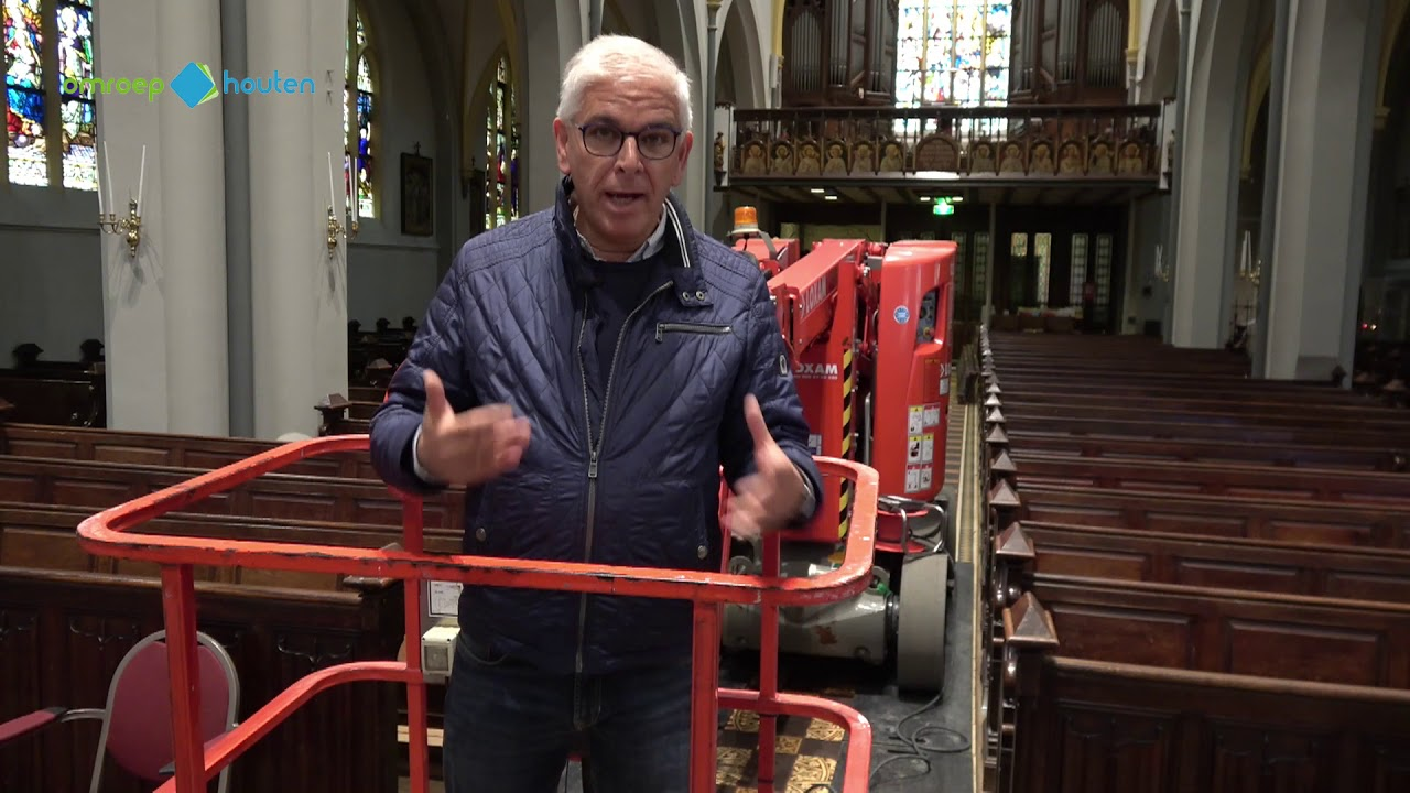Sfeervolle Led Verlichting : Sfeervolle led verlichting in katholieke kerk houten youtube