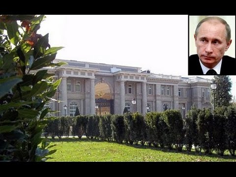 Putins palace 1 billion dollars  Black sea area located here on Google Earth Map