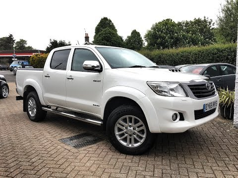 Toyota Hilux 3.0 D-4D Invincible Double Cab for Sale at CMC-Cars, Near Brighton, Sussex