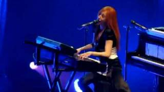 Tori Amos Live In Paris - Raspberry Swirl (version 1)