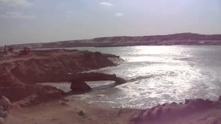 مواسير أحواض الترسيب فى قناة السويس الجديدة بالقطاع الجنوبي تضخ المياه فى القناة