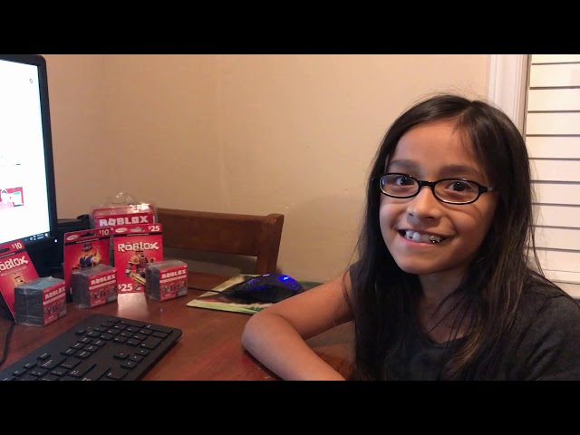 ROBLOX Card And Toys GiveAway WINNERS!!