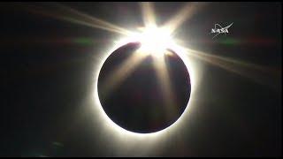 «Великое американское затмение»: Солнце и Луна встретились в небе над США