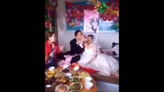 Классную невесту пацан отхватил.