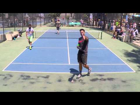 Pop Tennis - Amazing Between the Legs Winner