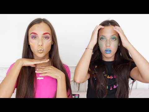 LOST KITTIES BEPALEN ONZE MAKE-UP 😂 *EXTREME* || DAILY TWINLIFE