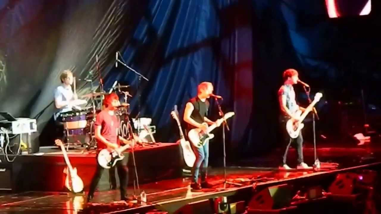 5 seconds of summer superhero take me home tour for Home video tours