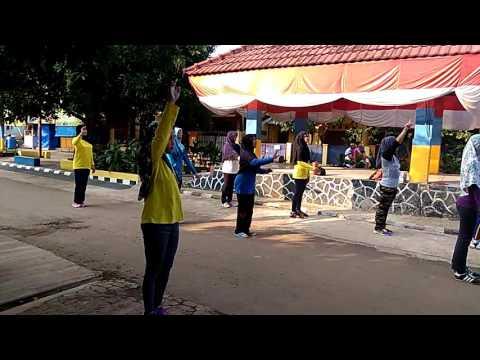 Senam Si Pong Pong Bravo Olahraga Cisauk @ Indomart GSA