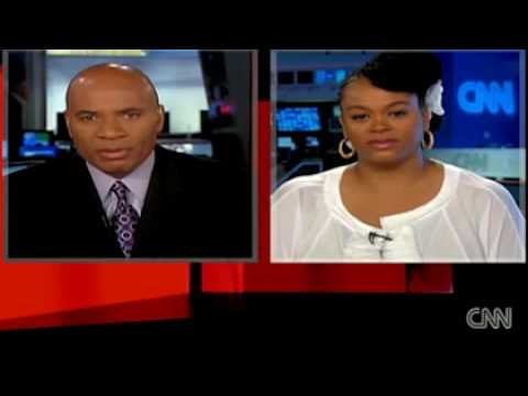 African American singer Jill Scott doesn't like interracial dating