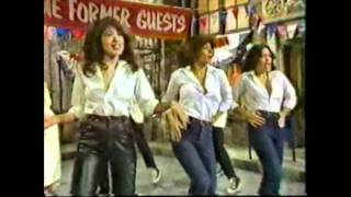 Sha Na Na ~With Guest Ronnie Spector and the Ronettes.AVI