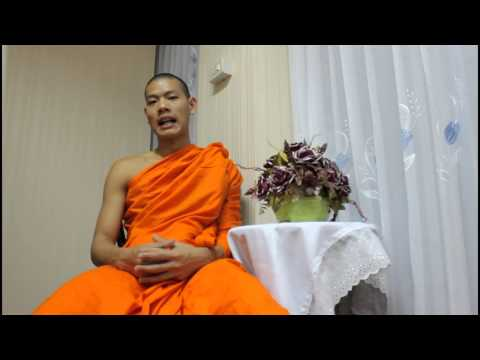 What is the difference between Mahayana and Theravada Buddhism?
