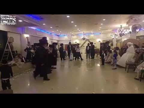 Rachmastrivka Rebbe Dancing Mitzvah Tantz @ Wedding