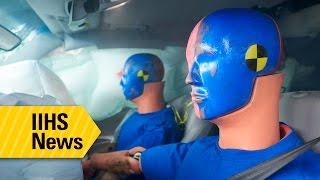 معهد IIHS: السائق أكثر أماناً من الركاب في اختبارات التصادمات الأمامية