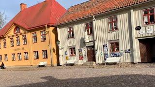 Sweden Walks: Old Linköping outdoor museum area. 18th century houses |Promenad i gamla Linköping