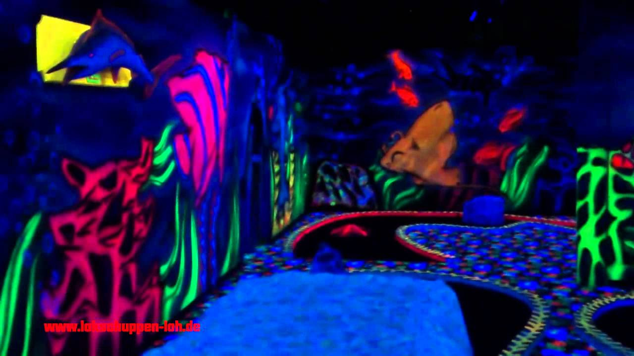 3D Moonlight (Schwarzlicht) Minigolf - Duisburg - YouTube