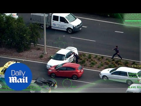 Two teenagers lead Queensland police on a high speed pursuit - Daily Mail
