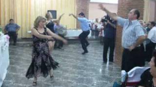 Грузинский танец на армянской свадьбе