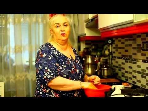 Evde tavada lahmacun pişirin