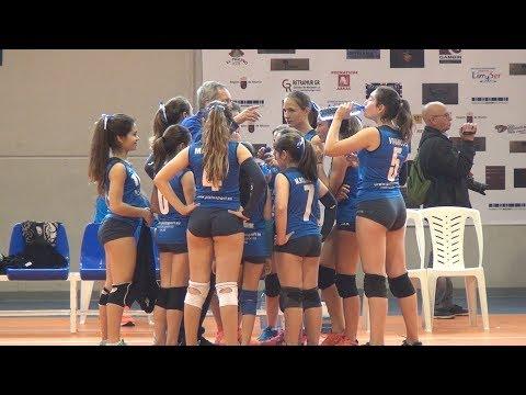 Equipo Infantil de Voleibol Femenino A.D. LA UNI�N A y B - Campeonato Auton�mico