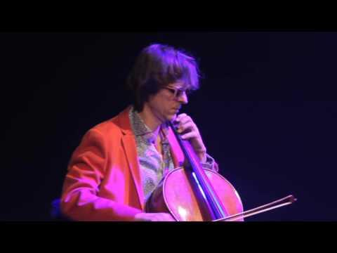 Andy Grabowski cello, Claudius Scissors Fashion Show , Teatr Bagatela Kraków, Event Concert