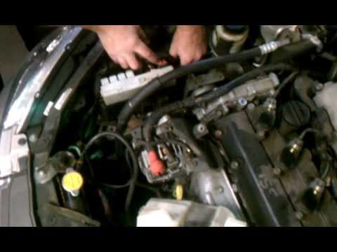 Nissan 2 5 Or 3 5 How To Get The One Hard Motor Mount Bolt