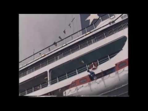 Achile Lauro no Funchal, 1 ano antes de afundar no Índico