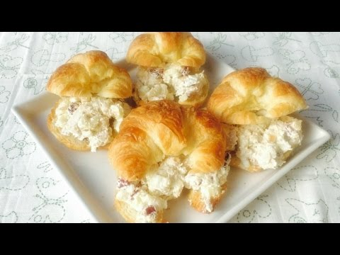 Croissant Stuffed With Cranberry & Chicken Salad By Rommy's Recipes 크랜베리치킨크루아상