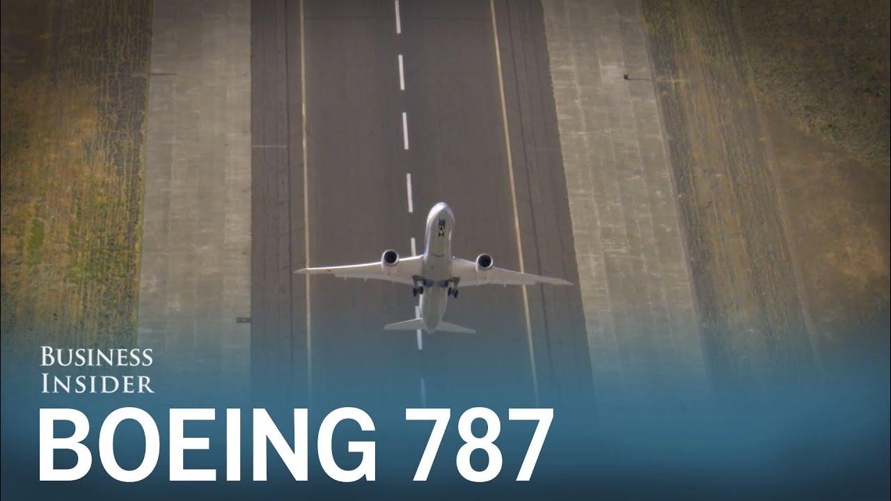 Boeing's 787 Shows Off Impressive Moves   Plane Finder