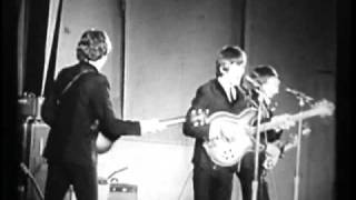The Beatles at Hollywood Bowl - Twist And Shout (STEREO)