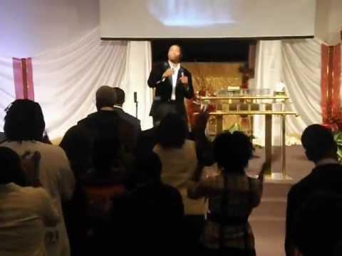 Prophet Brain Carn Jr Singing @ PFGC In Ocala Fl