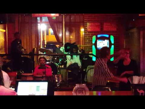 Beale Street- Club Handy
