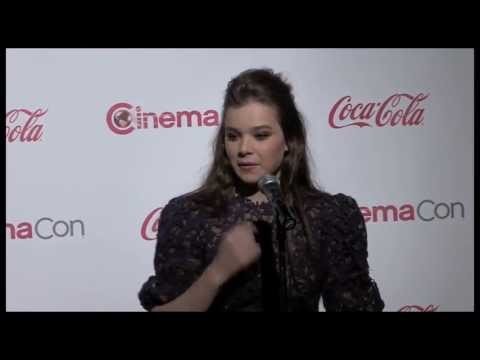Hailee Steinfeld Interview - Ender's Game and Romeo & Juliet