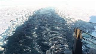 「しらせ」の航跡 63°S 40°E 氷海航行 20101215