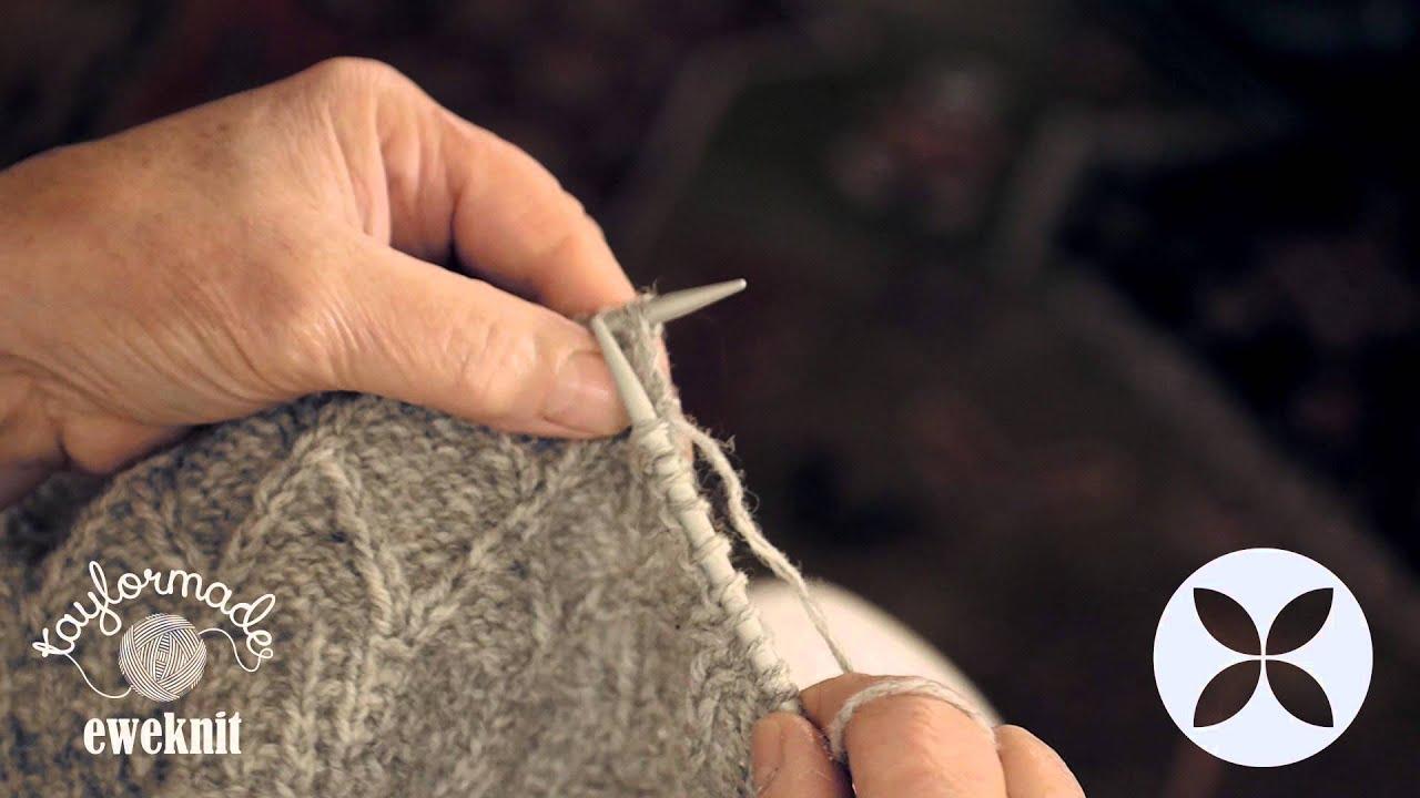 Knitting made easy diamond pattern stitch part 1 of 3 youtube bankloansurffo Choice Image