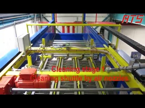 Bagopening with automatic cleaning cycle