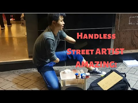 Amazing People: Disabled Man With No Hands Is An Incredible Street Artist in Hong Kong