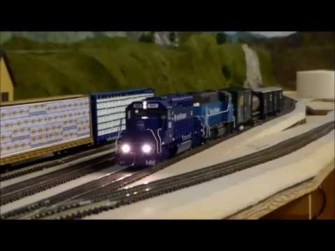Operating HO Scale RS11 Triple Header & Track Cleaning Train – 3/8/2015