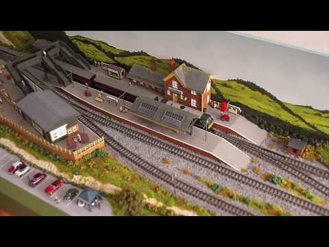 Brooking Vale to Lyallcombe, an N Gauge shelf layout