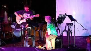 Candombe por Gustavo Suarez(guitarra) Willy Perez (percusión) en homenaje a Jorge Lazbal