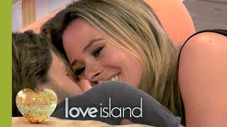 Jamie and Camilla Seal It With a Kiss   Love Island 2017