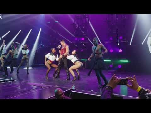 Ricky Martin 4k Drop It On Me All In Park Theater at Monte Carlo, Las Vegas 09152017