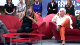 Claudia Pandolfi introdotta da Claudio Santamaria su È arrivata la felicità