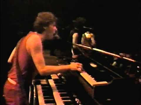 Blue Öyster Cult - Burnin' for You (Live) 10/9/1981 [Digitally Restored]