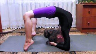 """Gymnastics.Элемент гимнастики """"Рыбка"""".Element of gymnastics."""