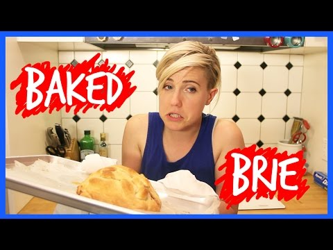 MY DRUNK KITCHEN: Baked Brie!