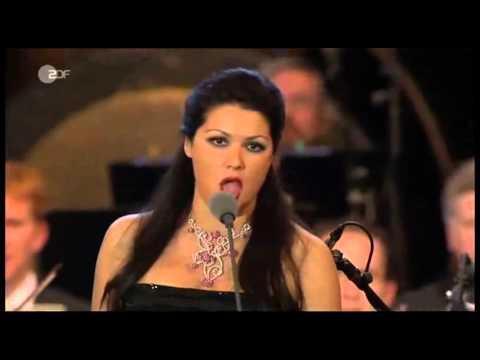 Maria callas verdi la traviata libiamo ne lieti calici - Testo di casta diva ...